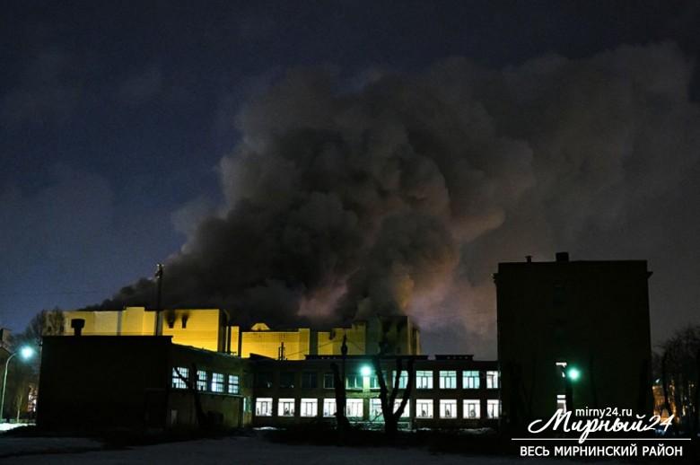 Пожар в торговом центре в Кемерово фото 6