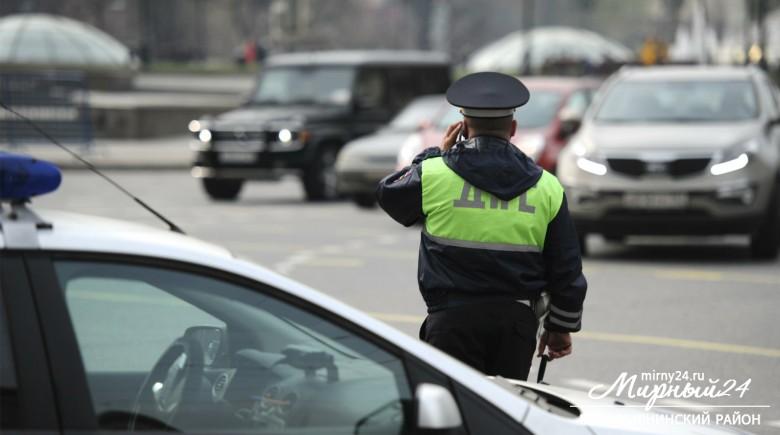 В селе Оросу Верхневилюйского района пьяный депутат избил полицейского фото 2
