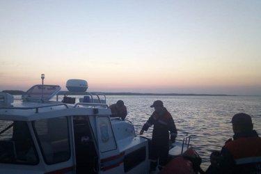 Четверо взрослых и трое детей погибли в результате ЧП на диком пляже в Якутии