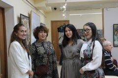 «От времени до пространства»: выставка Прасковьи и Кристины Новгородовых