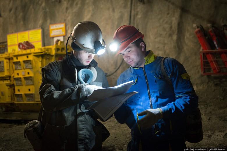 Как добывают алмазы. Компания «АЛРОСА». Мирнинский и Нюрбинский ГОК фото 9