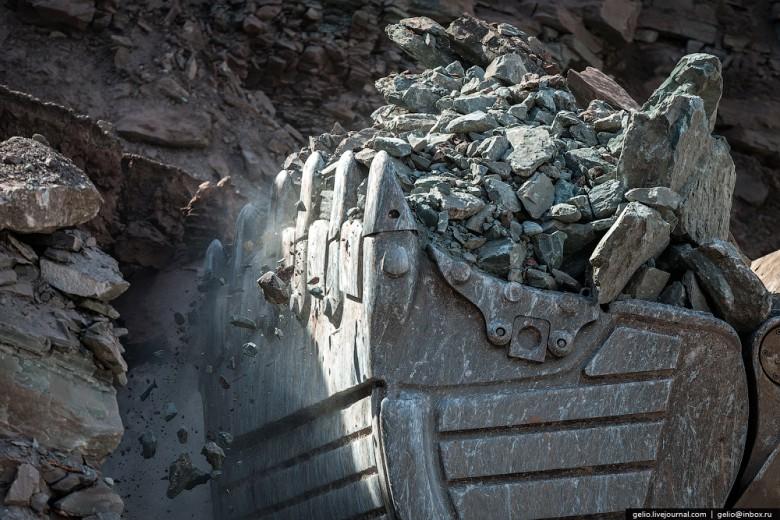 Как добывают алмазы. Компания «АЛРОСА». Мирнинский и Нюрбинский ГОК фото 26