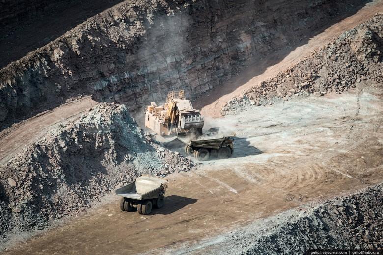 Как добывают алмазы. Компания «АЛРОСА». Мирнинский и Нюрбинский ГОК фото 25