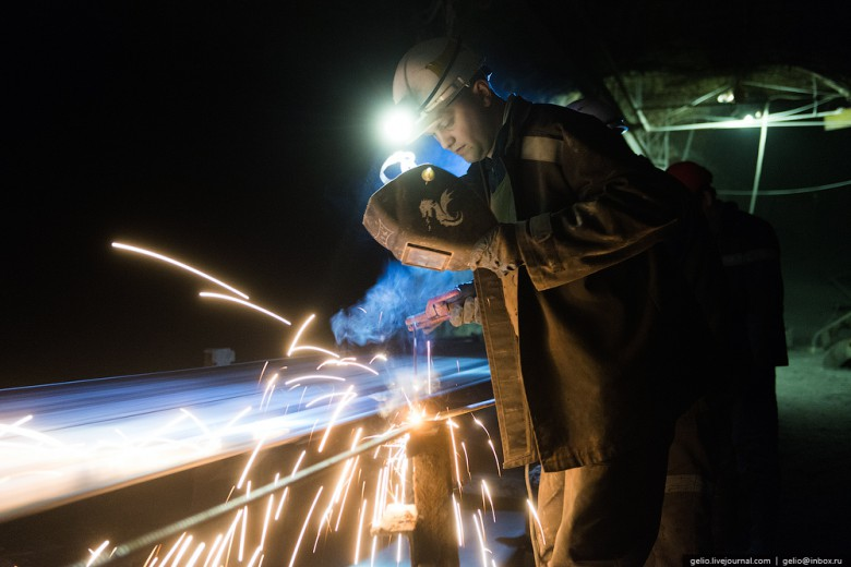Как добывают алмазы. Компания «АЛРОСА». Мирнинский и Нюрбинский ГОК фото 15