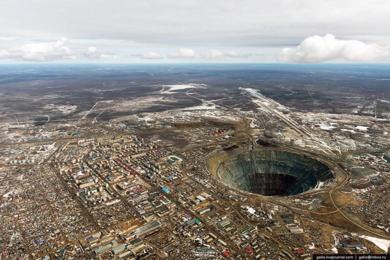Как добывают алмазы. Компания «АЛРОСА». Мирнинский и Нюрбинский ГОК фото 3