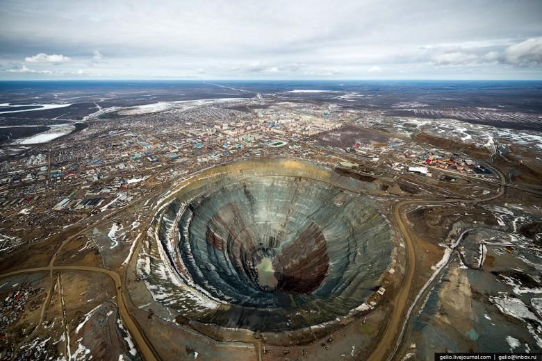 Как добывают алмазы. Компания «АЛРОСА». Мирнинский и Нюрбинский ГОК фото 4